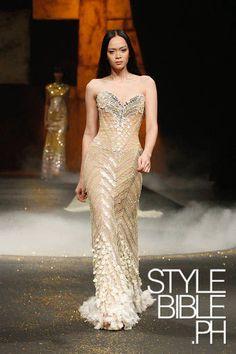 Michael Cinco Philippine Fashion Week Spring/Summer 2012