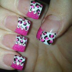 bling pink & cheetah print nails <3