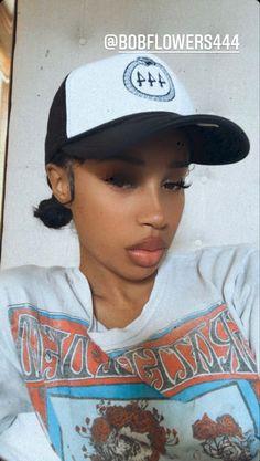 Fitted Caps, Pretty Black, Black Women, Woman, Hats, Fashion, Moda, Hat, Fashion Styles