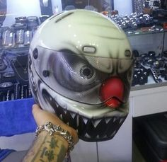clown helmet 7