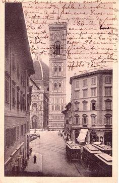 Firenze 1939, il tram in Piazza Duomo.