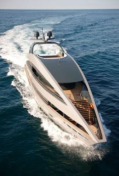 A Slice of Life on the High Seas - luxury yacht life. This boat is dope. Yacht Design, Boat Design, Yachting Club, Bateau Yacht, Cool Boats, Yacht Boat, Speed Boats, Private Jet, Water Crafts