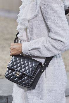 Chanel Spring 2020 Ready-to-Wear Collection - Vogue Coco Chanel, Chanel News, Chanel Black, Chanel Boy Bag, Chanel Jacket, Chanel Cruise, Poppy Delevingne, Vintage Chanel, Claudia Schiffer