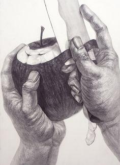 Hände zeichnen Apfel schälen