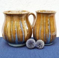 """13 kedvelés, 1 hozzászólás – Ceramiss Ceramic (@ceramiss) Instagram-hozzászólása: """"Milyen jól áll a matrózos kéknek az ősz. Tegnap beleszerettem egy virágosnál abba a szép kék…"""" Ceramics, Instagram, Home Decor, Ceramica, Pottery, Decoration Home, Room Decor, Ceramic Art, Home Interior Design"""