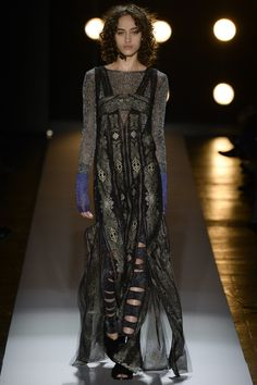 See the complete BCBG Max Azria Fall 2016 Ready-to-Wear collection.