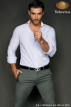 Risultati immagini per david zepeda David Zepeda, Suit Fashion, Mens Fashion, Moda Formal, Business Shirts, Stylish Mens Outfits, Hommes Sexy, Suit And Tie, Well Dressed Men