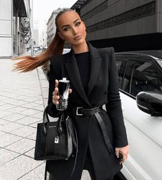 blazer outfits for work business professional attire Winter Fashion Outfits, Work Fashion, Fall Outfits, Fashion Beauty, White Blazer Outfits, Classy Fashion, Fashion 2020, 90s Fashion, Spring Fashion
