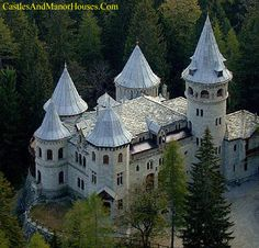 """Castel Savoia (Savoy Castle), Greschmattò, Gressoney-Saint-Jean, Vallée d'Aoste, Italy. <a href=""""http://www.castlesandmanorhouses.com"""" rel=""""nofollow"""" target=""""_blank"""">www.castlesandman...</a> Savoy Castle is a residence built in an eclectic style at the end of the nineteenth century. as a summer residence for Queen..."""