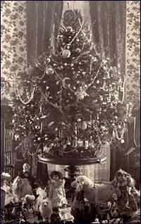 Image: Cleveland family Christmas tree in the family room and library (today the Yellow Oval Room), ca. 1895.