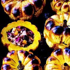 Persian Stuffed Dumpling Squash with Rose Petals Recipe - Edamam Spelt Recipes, Veggie Recipes, Real Food Recipes, Yummy Food, Pumpkin Recipes, Fall Recipes, Yummy Recipes, Dessert Recipes, Arabic Food