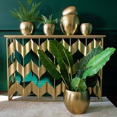 These Beaten Gold Plant Pots are the perfect way to enhance your house plants. Sold as a set of 3 with a dimpled texture and rich gold colouring. Potted Plants, Indoor Plants, Tropical Rugs, Tropical Decor, Thai Decor, Head Planters, Plastic Pots, Pot Sets, Making Waves