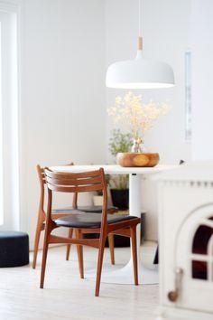 Ingrid Holm Blog - Scandinavian Home white circle table, Northern Lighting Acorn pendant lamp, Danish design modern chair