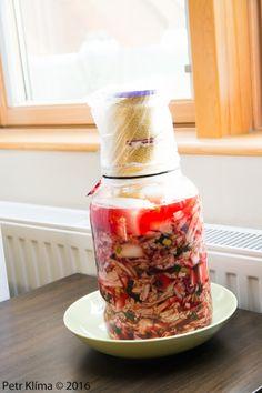 Pikantní kvašená zelenina – Greenwayfood Kimchi, Pickles, Kitchen Appliances, Food, Diet, Diy Kitchen Appliances, Home Appliances, Domestic Appliances, Eten