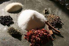 bushcooks kitchen: Orientalisches Rosen-Zimt-Salz von Tanja Grandits