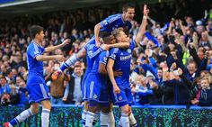 Chelsea 6-0 Arsenal: Gunners hit for six on Wenger's 1,000th game #DailyMail