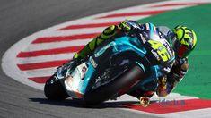 Motogp Valentino Rossi, The Doctor, Vinales, Vr46, Motorcycles, Friends, Motorbikes, Amigos, Doctors
