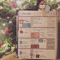 Half week in my @erincondren life planner! It truly is the most wonderful time of the year ❤️ @love.plan.create