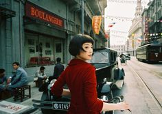 If I were skinny, I would totally rock this hair Amelie-style