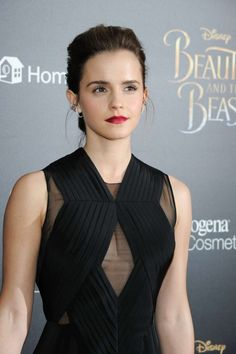 ......for more images of Emma Watson follow shiwanjali