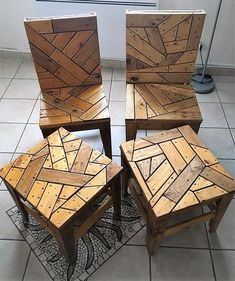 Wood pallet chairs and tables is an eye-catching project that not only saves your money but provides you the satisfaction of having a stylish and delightful wood furniture at your home. To complete this pallets wood plan you only need to have few crafting Wood Pallet Furniture, Furniture Projects, Diy Furniture, Pallet Chairs, Woodworking Furniture, Recycled Wood Furniture, Wood Chairs, Fine Woodworking, Woodworking Projects