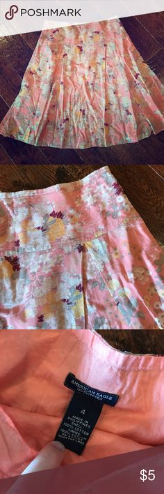 American Eagle Skirt Perfect for spring and summer, American Eagle skirt, size 4, top to bottom approx 23 inches in the front, 100% cotton, waist measures approx 15 inches, small flaw see last picture American Eagle Outfitters Skirts