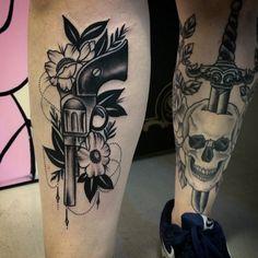 Conheça o estúdio brasileiro Analogic Love. Nanda e Arthur são especialistas em tattoos clássicas e se inspiram no Old School, estilo único e atemporal.