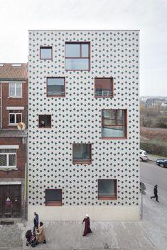 Modern Residential Architecture, Futuristic Architecture, Facade Architecture, Conceptual Architecture, Pavillion Design, Facade Pattern, Brick Art, Brick Patterns, Building Exterior