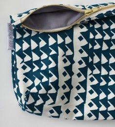 Patterned clutch hausinterior.com