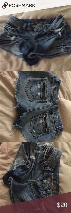 Who wears short shorts...💗 Cute and sexy ripped denim shorts size 5 stretchy denim enjoy Almost Famous Shorts Jean Shorts