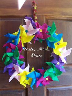 Crafty Moms Share: Felt Wreaths for Spring