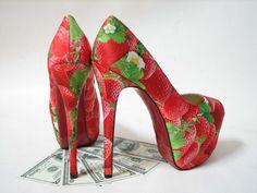 hoge hakken met aardbeien print strawberry high heels