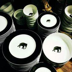 Regram from @fedorami Tusker Ban dinner plates #paradiseroad #srilanka #colomboshopping #srilankanbrands #visitsrilanka #madeinsrilanka #designsrilanka #homeware #giftware #islandparadise #tastetimelessstlye