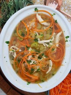 8 c chicken broth 1 c celery 1 c onion 1 garlic clove, minced 3 bay leaves tsp dried thyme large boneless chicken breasts c shredded carrot noodles Healthy Soup Recipes, Clean Eating Recipes, Crockpot Recipes, Healthy Eating, Ww Recipes, Healthy Food, Recipies, Yummy Food, Carrot Noodles