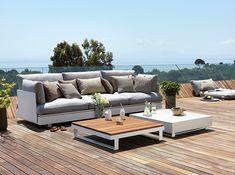 Leuchtende Außenmöbelstücke Von Vondom   Designer Kissen | Exterieur    Außenbereich   Outdoor Ideen | Pinterest | Gartenmoebel, Outdoor Und Rund  Ums Haus