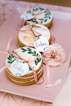 Whether they're creative, cute, pretty or just plain practical, here are some wedding favors that we'd be thrilled to take home—or eat on the spot! Baby Shower Decorations For Boys, Table Decorations, Wedding Candy Table, Wedding Favors, Wedding Bells, Wedding Ideas, Friendship Cake, Low Budget Wedding, Naked Cakes