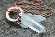 RAW collier en cristal de cristal de Quartz par DeerGirlDesigns