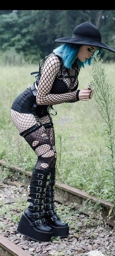 Goth Beauty, Gothic Girls, Amazing Women, Punk, My Style, Boots, Blue, Clothes, Beautiful