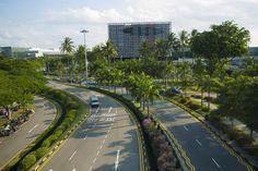 How to Get Around Singapore http://thingstodo.viator.com/singapore/how-to-get-around-singapore/