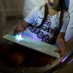 Your child will feel just like a real magician, while immersed in the fabulous world of fantasy and lights, with our Magic LED Drawing Board for Kids. Magic Drawing Board, Wall Drawing, Dark Drawings, Amazing Drawings, Fear Of The Dark, Board For Kids, Bright Pictures, World Of Fantasy, Drawing Skills