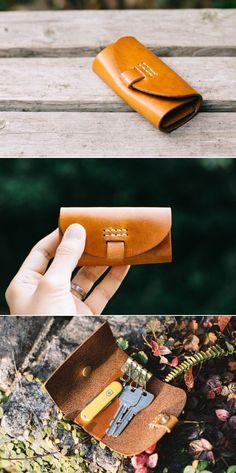 leather key case | Duram Factory Leather Key Holder, Leather Key Case, Leather Keyring, Leather Art, Leather Gifts, Leather Bags Handmade, Diy Leather Earrings, Key Bag, Key Wallet