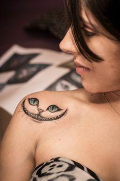 Cheshire Cat. Done at Studio Lotus, Campinas-SP, BRAZIL. Deborah (Deh) Soares. More : facebook.com/dehtattoo