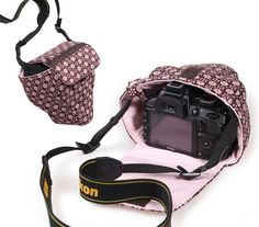 Camera bag TheJo and TheJa, Creative Ebook - - Diy Camera Strap, Camera Pouch, Camera Cover, Dslr Camera Bag, Appareil Photo Reflex, Diy Bags Purses, Diy Case, Diy Sewing Projects, Camera Accessories