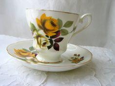Royal Grafton Bone China / Yellow Rose and gold trim