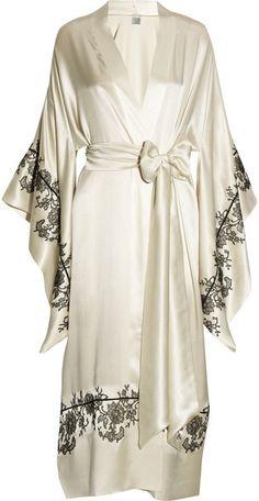 Caribe Gilson ~ Lace Appliquéd Silk Satin Kimono Robe