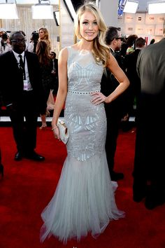 Katrina Bowden stunned ina a Badgley Mischka gown! I love the exquisite detailing on it. Gorgeous hair!