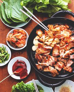 samgyeopsal ❤ discovered by shannia ♡ on We Heart It Korean Street Food, Korean Food, Korean Bbq, Maangchi Recipes, Food Porn, Recipes Appetizers And Snacks, Food Goals, Food Cravings, International Recipes