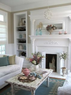 Shabby Chic Cottage Decor | Cottage, Shabby Chic and White Decor / love this room