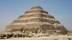 Pirámide escalonada de Zoser, en Saqqara, Egipto.
