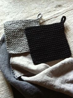 Genre, Crochet Ideas, Handicraft, Pot Holders, Knits, Minimalism, Knit Crochet, Kitchens, Sweater